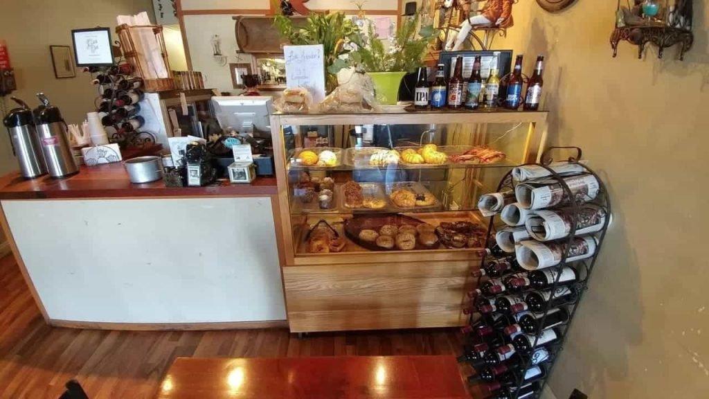 Roland's Bakery & Bistro 1