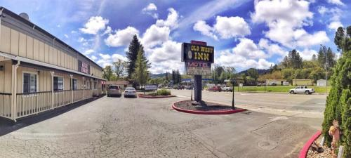 Best Hotel In Willits - The Old West Inn - 2018 28