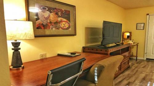 Willits Hotels - The Old West Inn - 2019 Amenities - 2